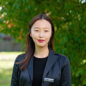 Elaine Kuang